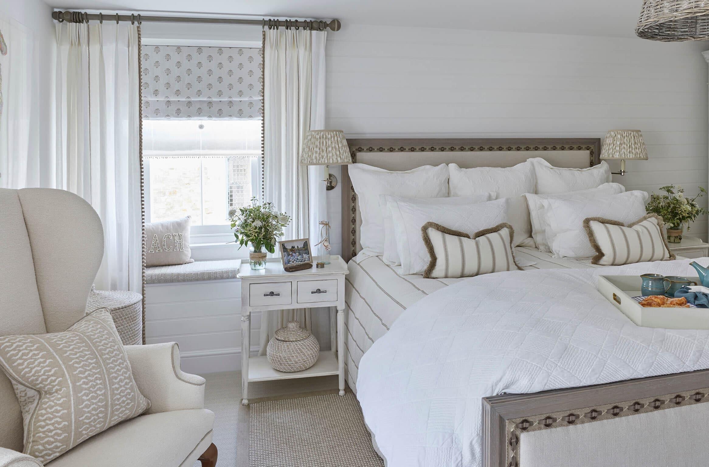 Bedroom of luxury beachhouse in Devon