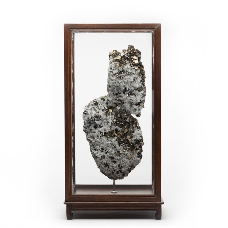 Cased Mineral Objet