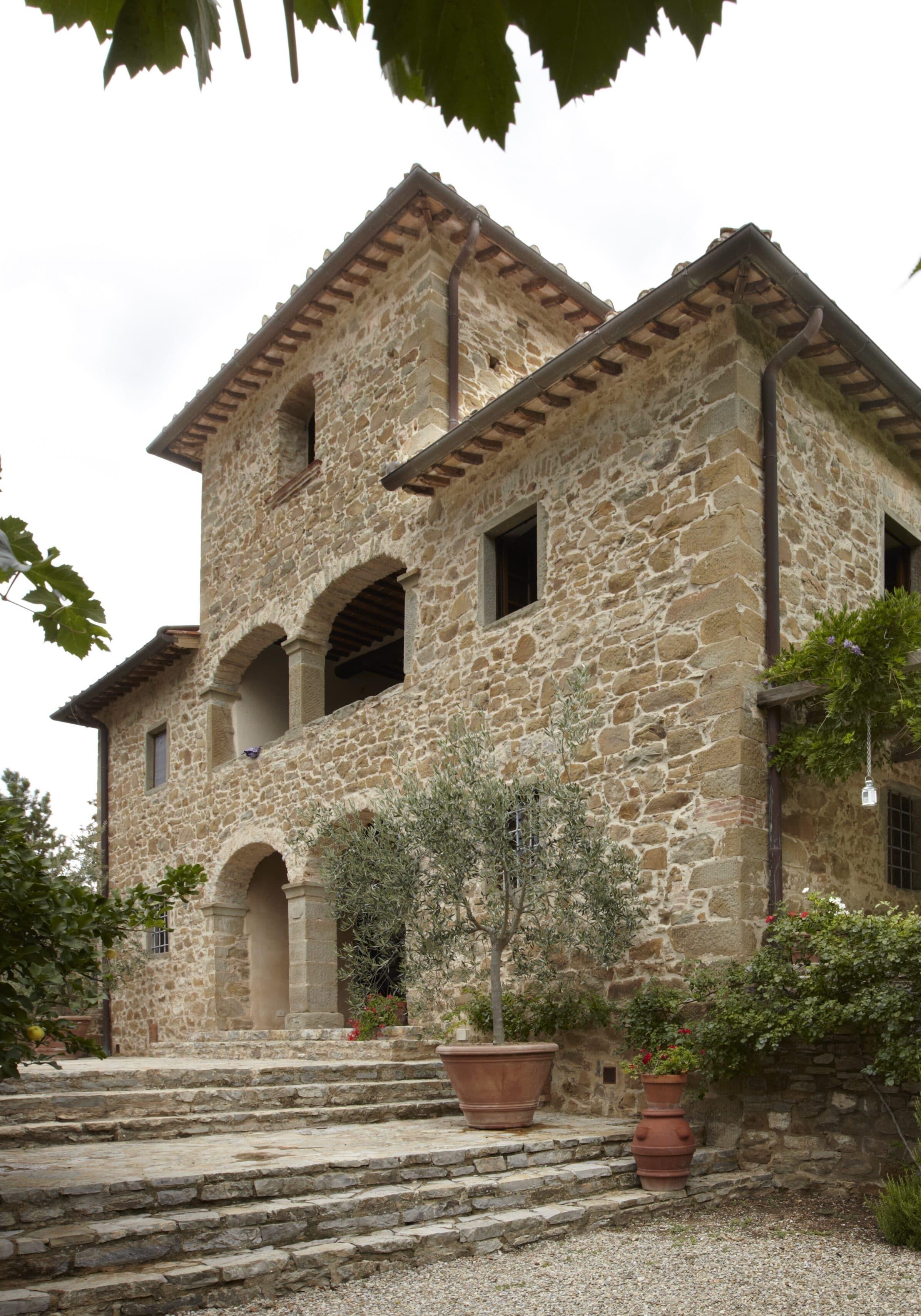 luxury interior designer in Italy