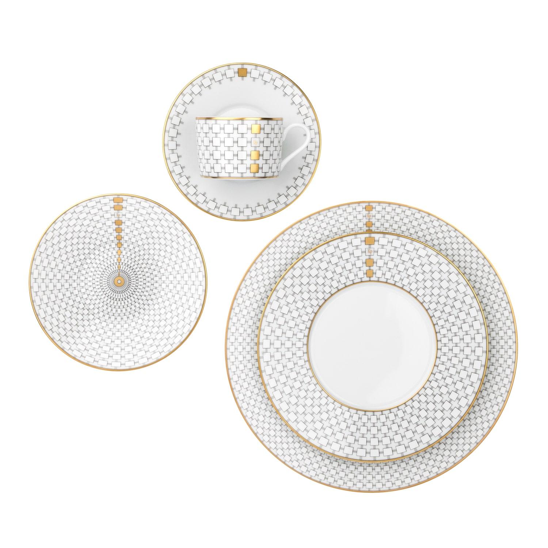 Luxury gold tableware